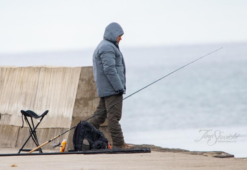 071A4037-fishing